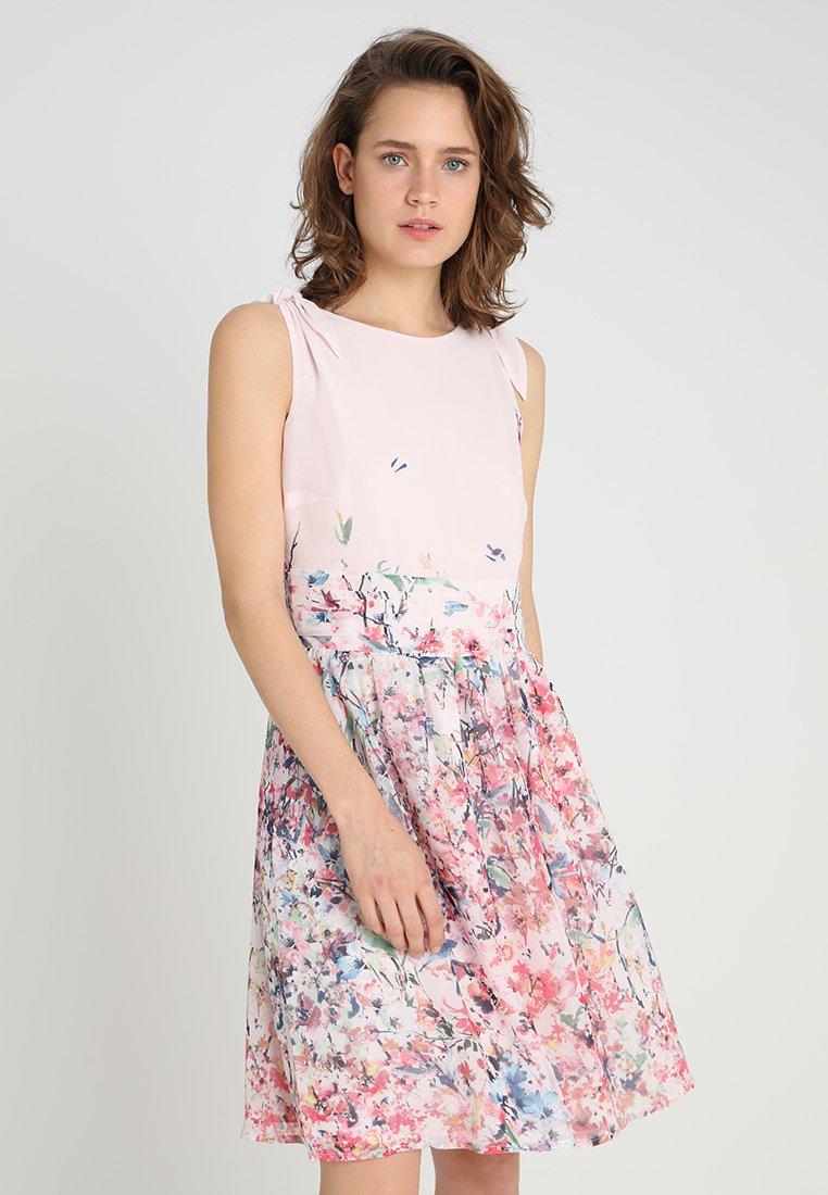 Esprit Collection - FLUENT GEORGE - Freizeitkleid - light pink