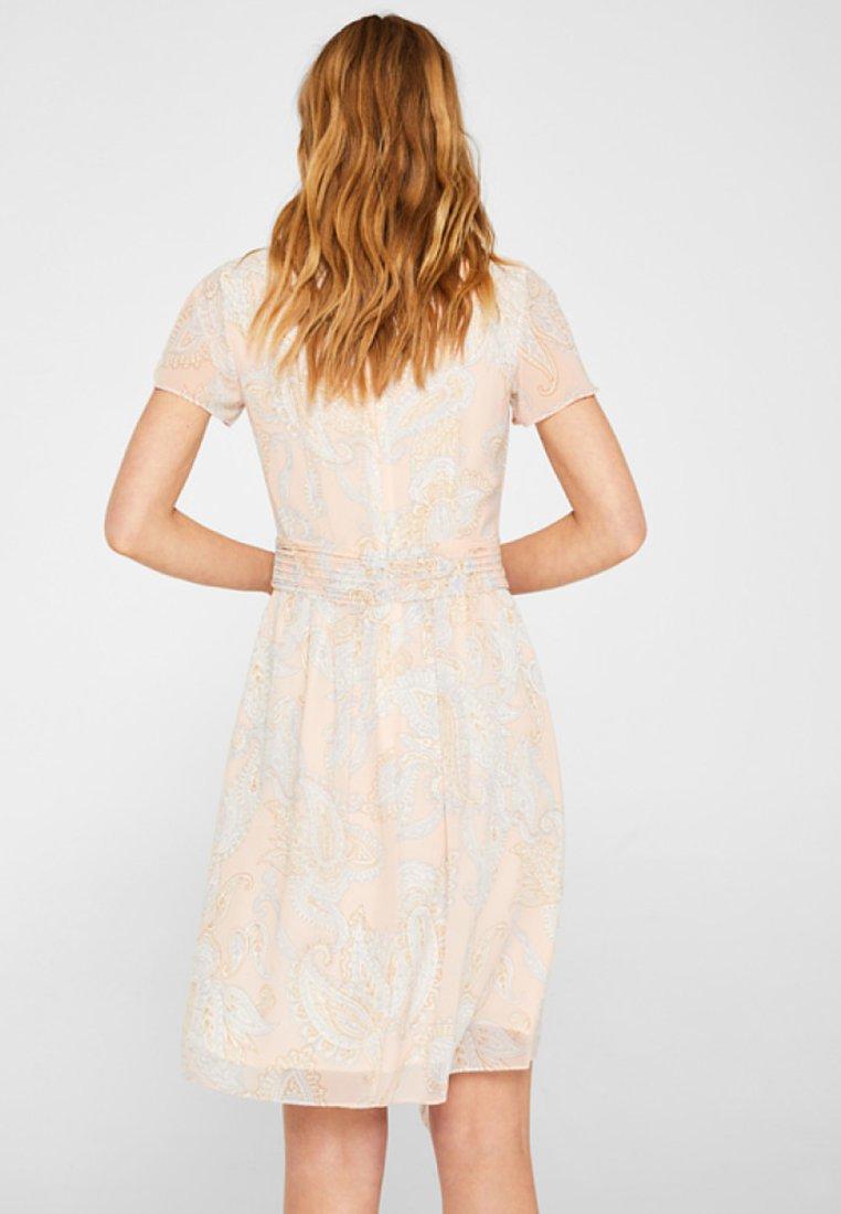 Esprit Collection - FLUENT  GEOR - Freizeitkleid - nude