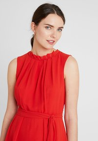 Esprit Collection - NEW FLUID - Vestido de cóctel - orange red - 3