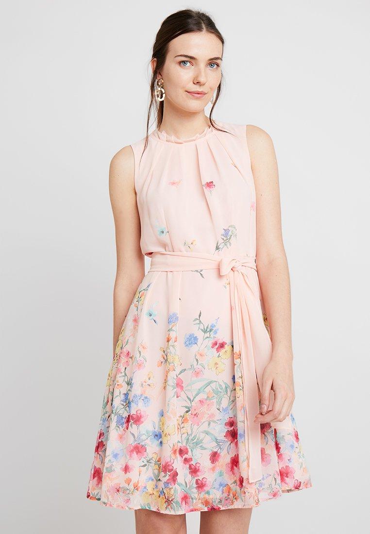Esprit Collection - FLUENT - Cocktailkleid/festliches Kleid - peach