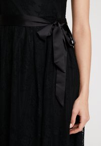 Esprit Collection - NEW DELICATE - Robe de soirée - black - 7