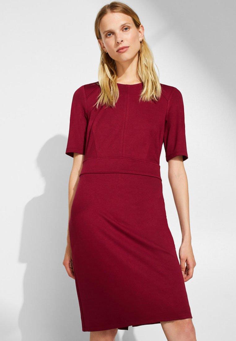 Esprit Collection - Etuikleid - garnet red