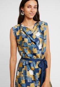 Esprit Collection - Fodralklänning - amber yellow - 4