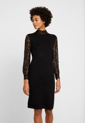 ECOVERO - Shift dress - black