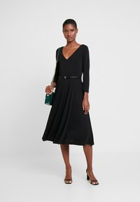 Esprit Collection - DRESS - Vestido ligero - black - 2