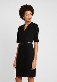 Esprit Collection - Vapaa-ajan mekko - black - 0