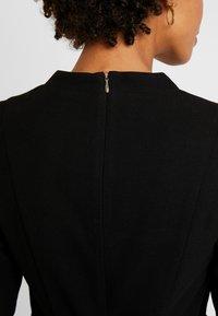 Esprit Collection - Vapaa-ajan mekko - black - 6