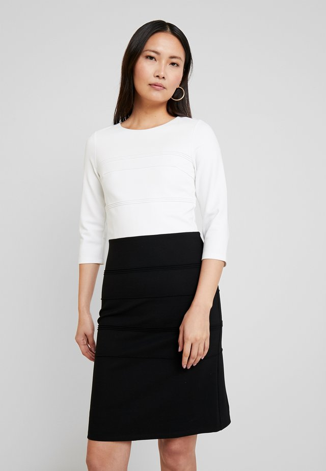DRESS - Kotelomekko - off white