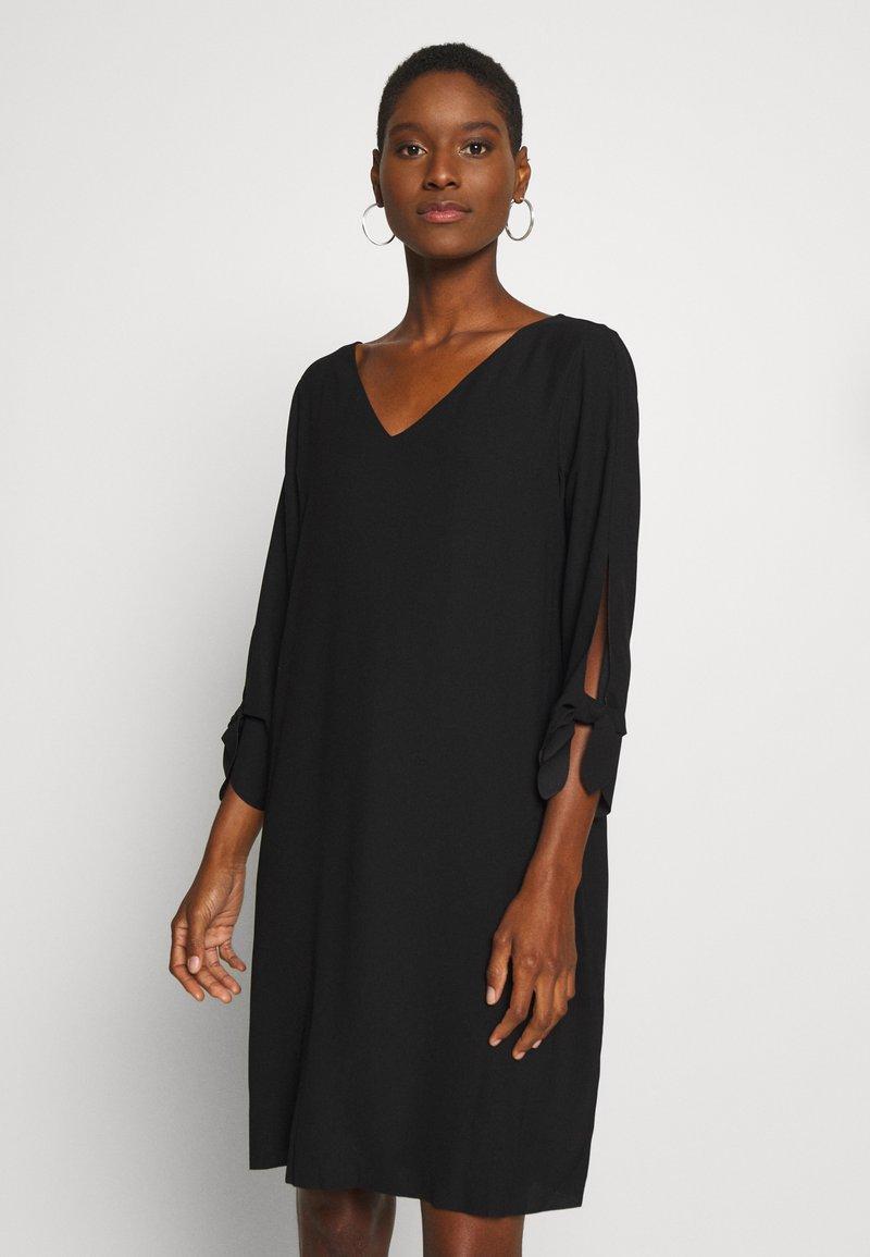 Esprit Collection - DRESS - Robe d'été - black