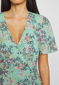 Esprit Collection - FLUENT  - Vestido informal - pastel green - 4