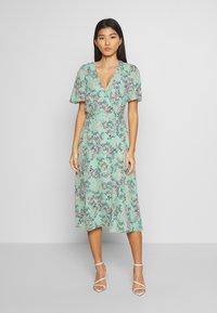 Esprit Collection - FLUENT  - Vestido informal - pastel green - 0