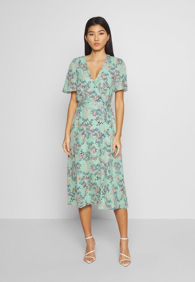 FLUENT  - Korte jurk - pastel green