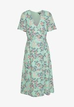 FLUENT  - Vestido informal - pastel green
