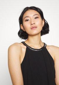 Esprit Collection - LUX FLUID - Vestido de cóctel - black - 5