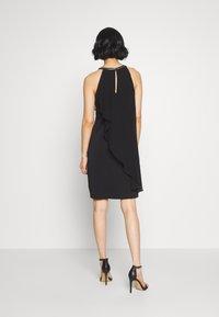 Esprit Collection - LUX FLUID - Vestido de cóctel - black - 3