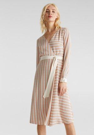 NEW DRAPE LIGHT - Korte jurk - off white