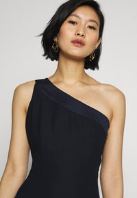 Esprit Collection - ONE SHOULDER - Juhlamekko - navy - 4