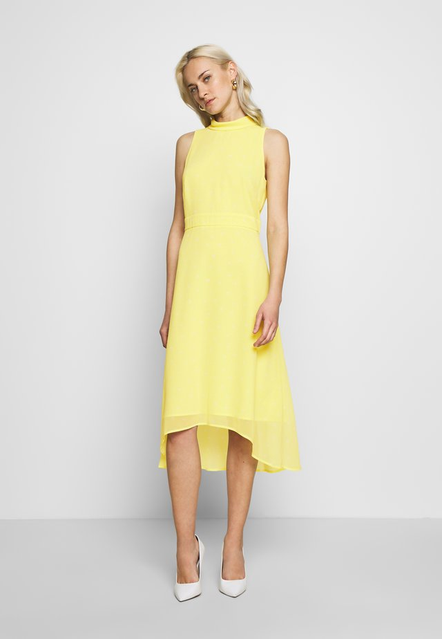 FLUENT GEORGE - Freizeitkleid - lime yellow