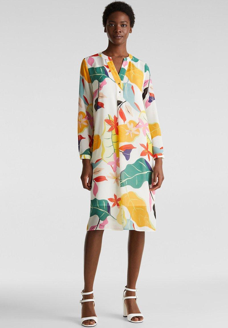 Esprit Collection - FLUENT GEORGE - Korte jurk - off white