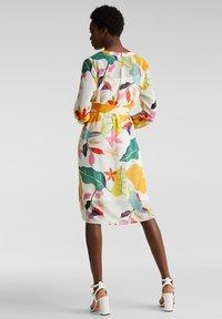 Esprit Collection - FLUENT GEORGE - Korte jurk - off white - 2