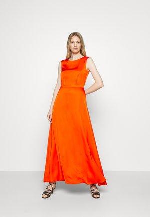 DRAPE - Vestito lungo - red/orange