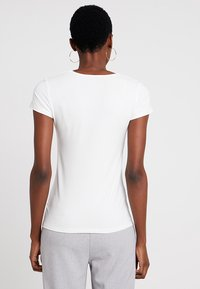 Esprit Collection - OVERLAP - T-shirts med print - off white - 2