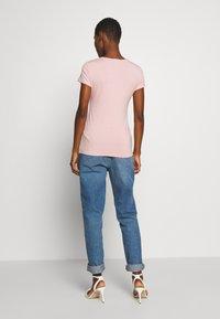Esprit Collection - OVERLAP - T-shirts med print - old pink - 2