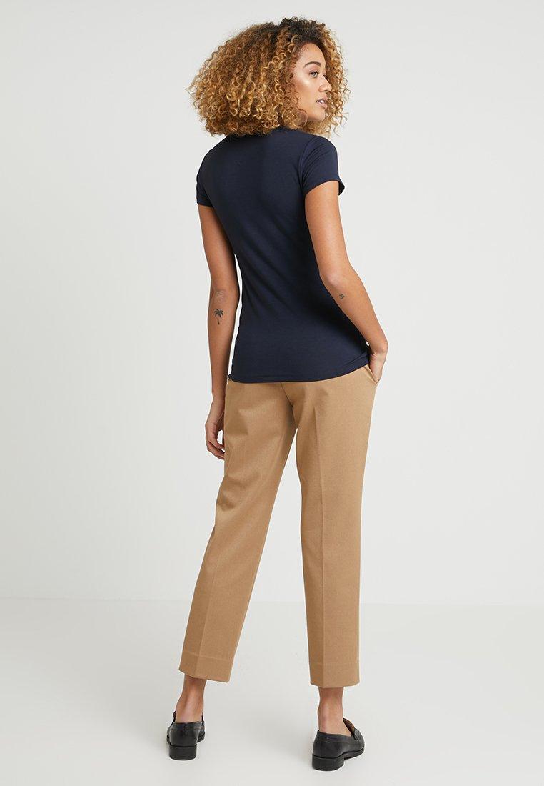 Esprit Collection OVERLAP - T-shirt z nadrukiem - navy