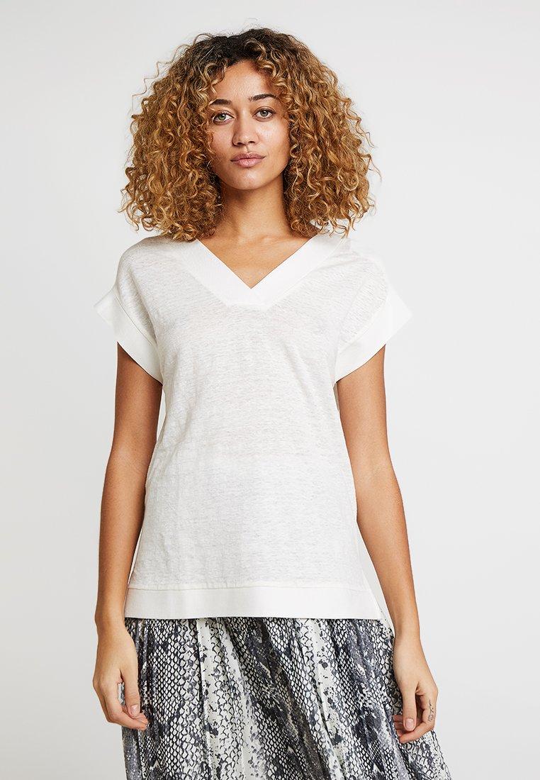 Esprit Collection - V NECK - Basic T-shirt - off white