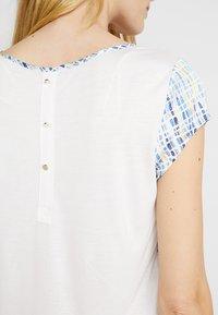 Esprit Collection - FABRIC MIX - Pusero - white - 4
