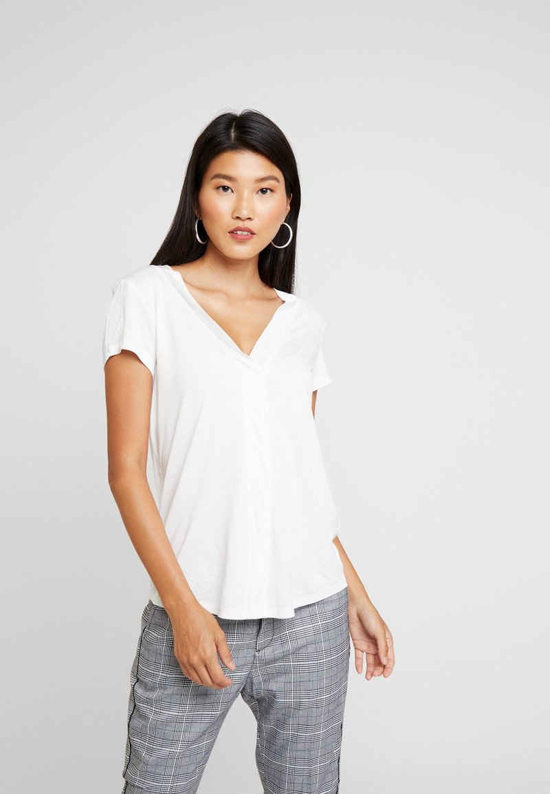 Esprit Collection - NECKLINE - T-Shirt basic - off white