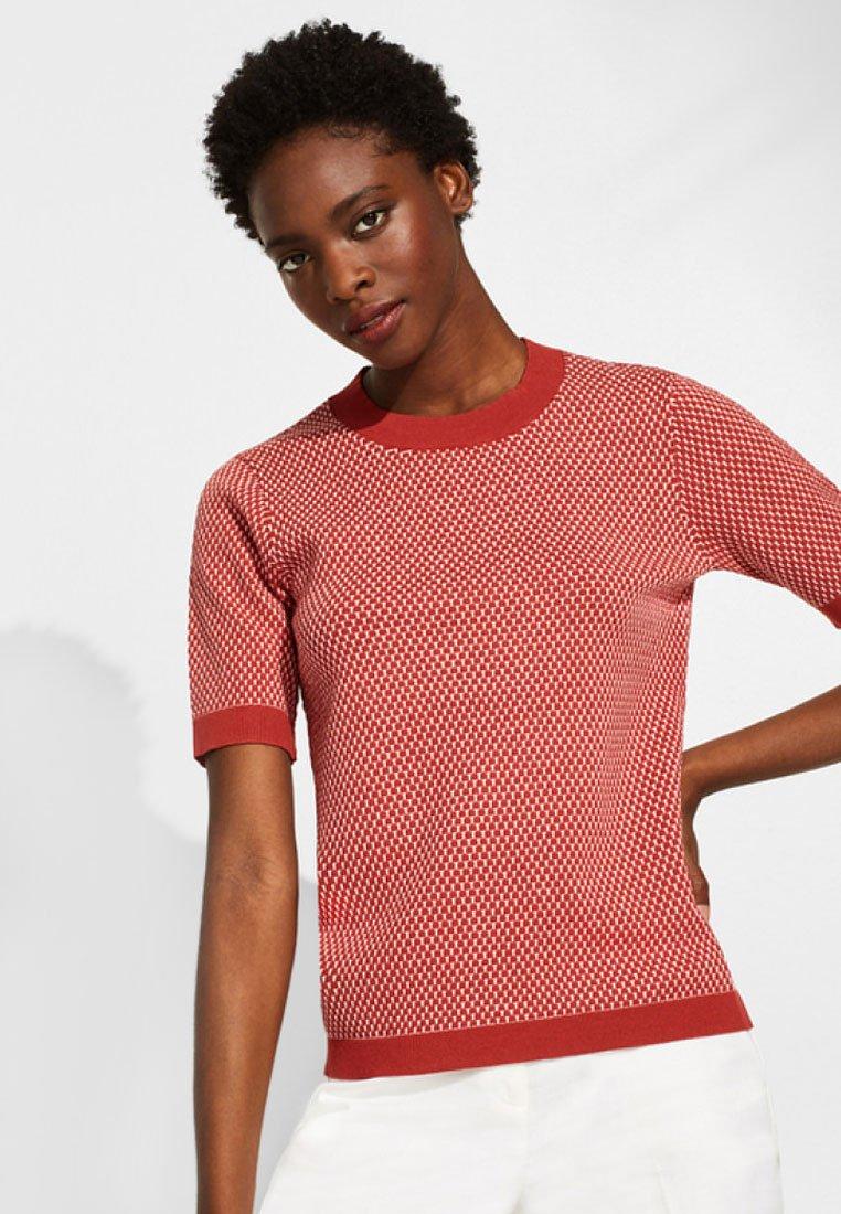 Esprit Collection - MIT POPCORN-STRUKTUR - T-Shirt print - dark red