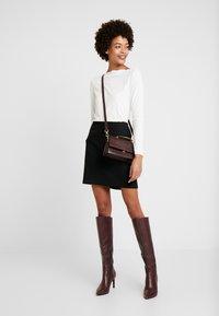 Esprit Collection - SCALLOP - Maglietta a manica lunga - off white - 1