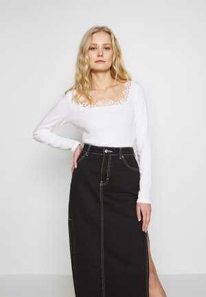 Long sleeved top - off white