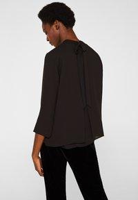 Esprit Collection - MIT LAYER DETAIL - Blouse - black - 2