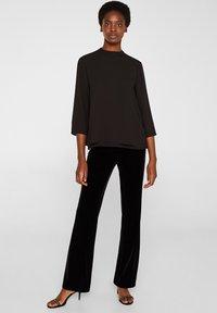 Esprit Collection - MIT LAYER DETAIL - Blouse - black - 1