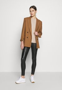 Esprit Collection - FLOW - T-Shirt basic - beige - 1