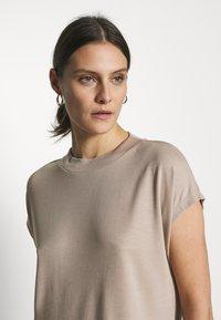 Esprit Collection - FLOW - T-Shirt basic - beige - 3