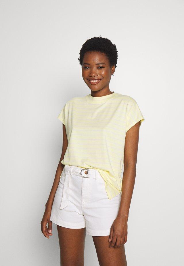 T-shirt z nadrukiem - lime yellow