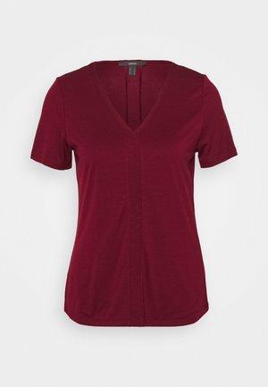 Jednoduché triko - bordeaux red