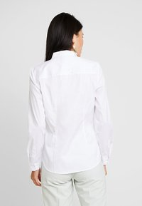 Esprit Collection - SOFT BUSINESS - Button-down blouse - white - 2