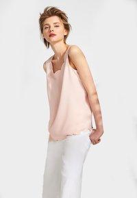 Esprit Collection - MATTSHINY - Blouse - light pink - 0