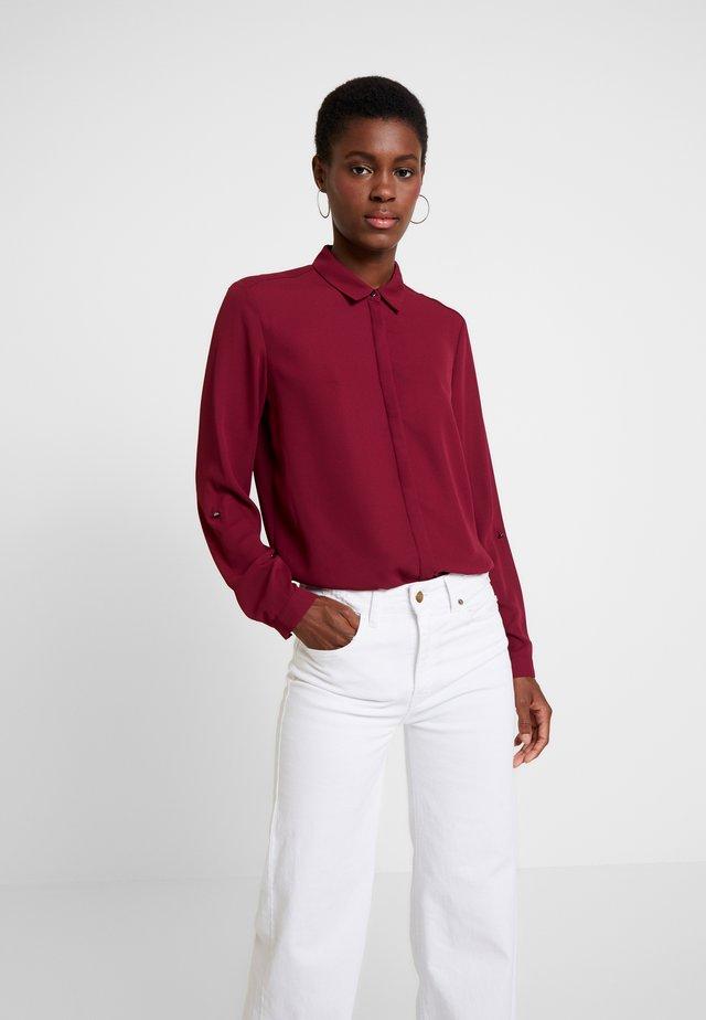 NEW ESSENTIAL - Button-down blouse - garnet red