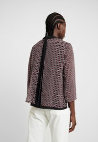 Esprit Collection - FLUENT GEORGE - Blusa - dark red - 2