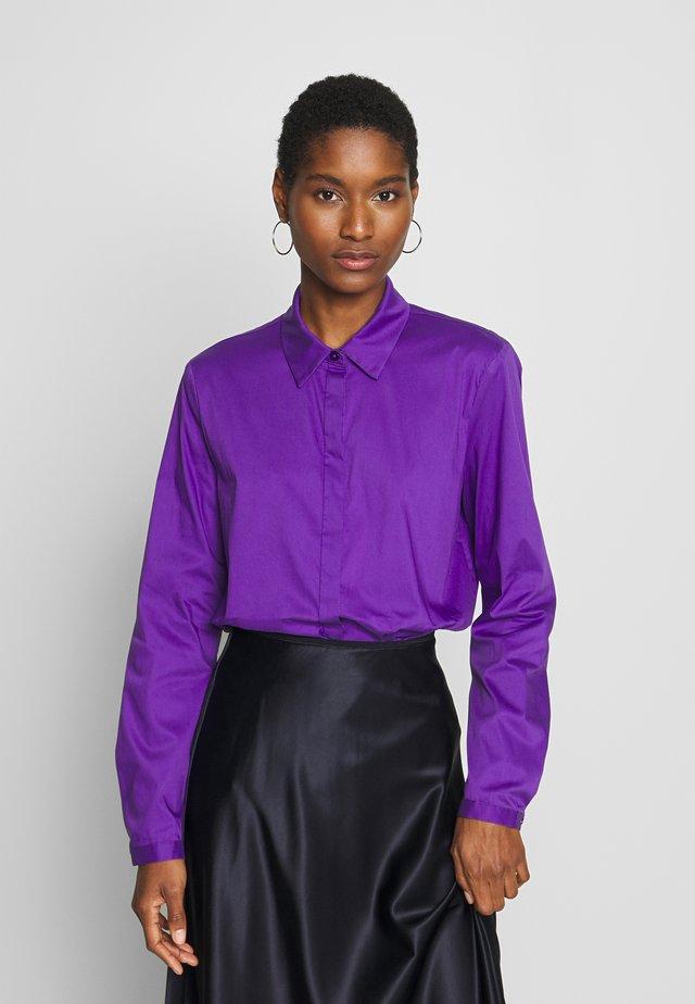 Paitapusero - purple