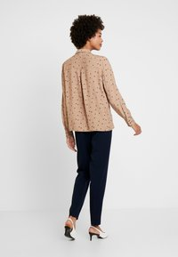 Esprit Collection - COLLAR BOW - Chemisier - camel - 2