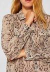 Esprit Collection - MIT SNAKE-PRINT - Hemdbluse - taupe