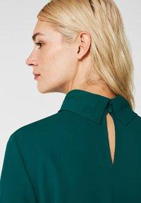 Esprit Collection - MIT ROLLKRAGEN - Blouse - bottle green - 4
