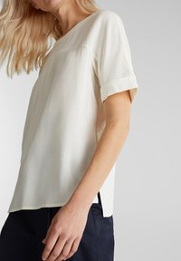 Esprit Collection - NEW FLOATY - Blouse - off white - 3