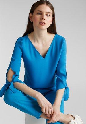 CRÊPE-BLUSE MIT LASER-CUT-DETAILS - Bluse - dark turquoise